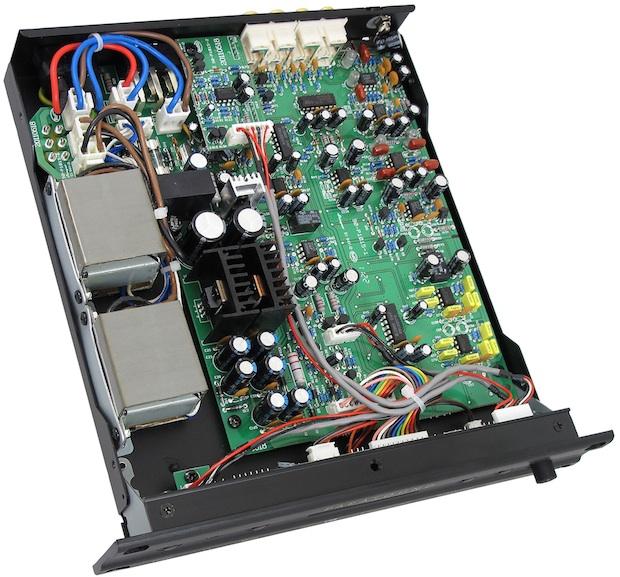 Parasound Zphono-USB Preamplifier - inside