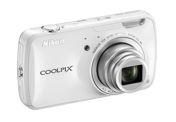Nikon COOLPIX S800c Wi-Fi Digital Camera