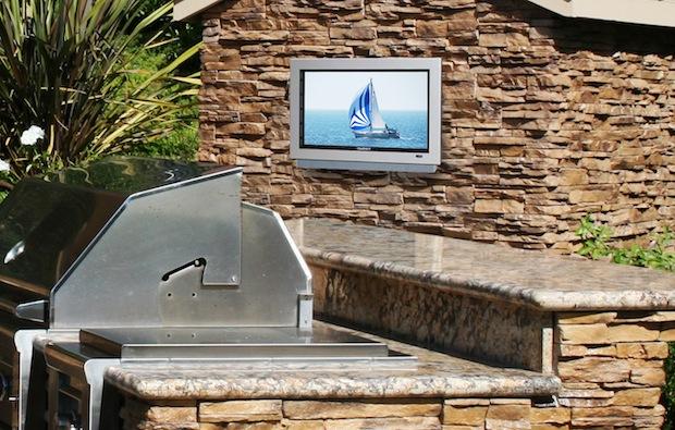 SunBriteTV 2220HD Outdoor LCD TV
