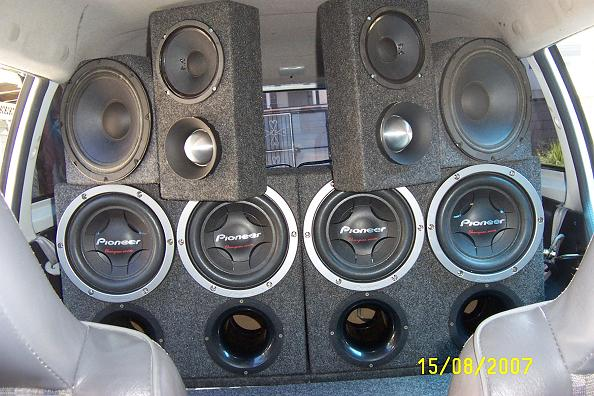 Wall With Four 15 Inch Subs Ecousticsrhecoustics: Car Audio Wall At Gmaili.net