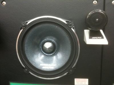Trip to car audio store in Japan     - ecoustics com