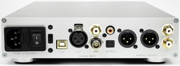NuForce DAC-9 Digital-to-Analog Converter - Back