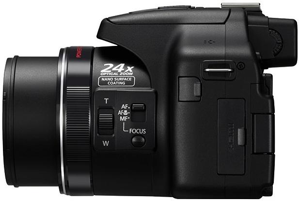 Panasonic DMC-FZ150 Lumix 3D Digital Camera - side