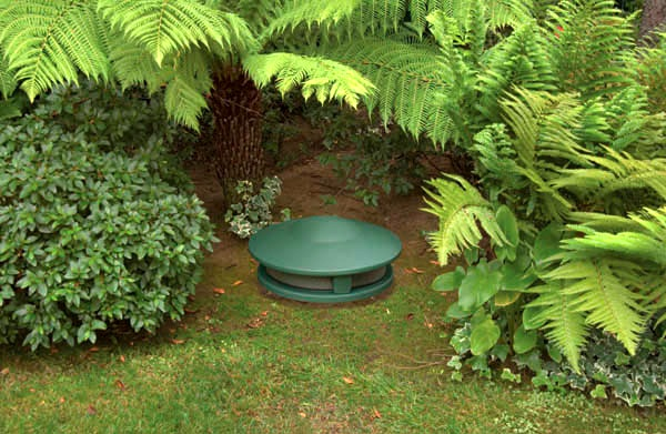 Terra AC.SUBe Outdoor Subwoofer - green installed in ground