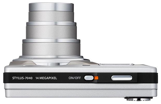 Olympus STYLUS-7040 Digital Camera