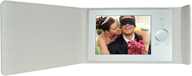 Digital Foci Photo Book Wedding in Pearl White